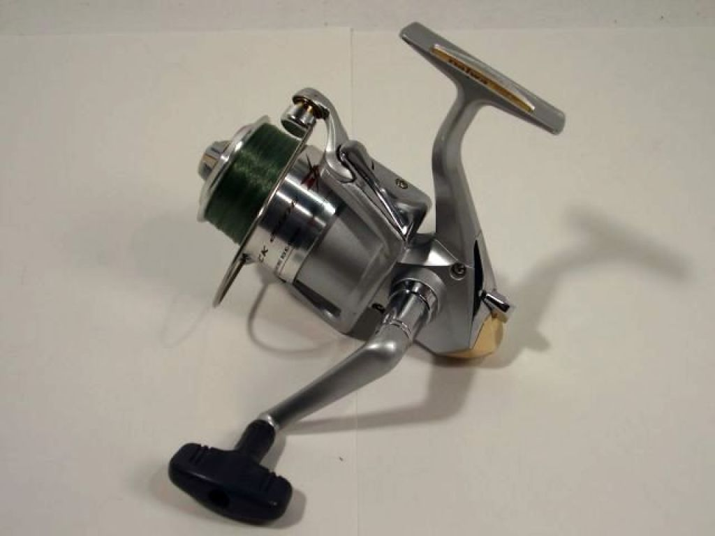 Daiwa d shock 2500 b fishing reels spinning reels for Wholesale fishing reels