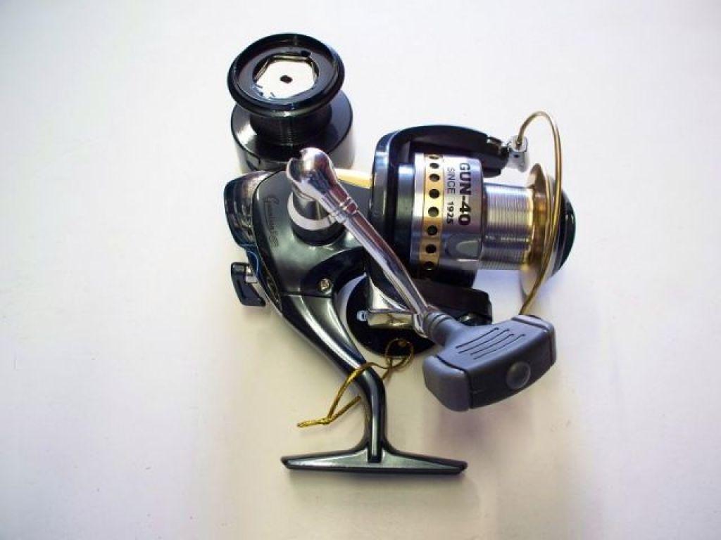 Eagle claw gunnison gun 40 in box fishing reels for Eagle claw fishing reels