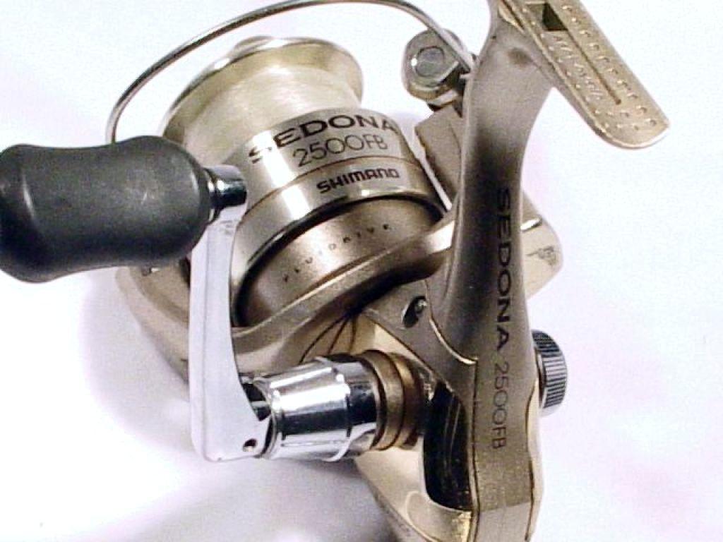 Shimano sedona 2500fb used fishing reels spinning for Used fishing reels