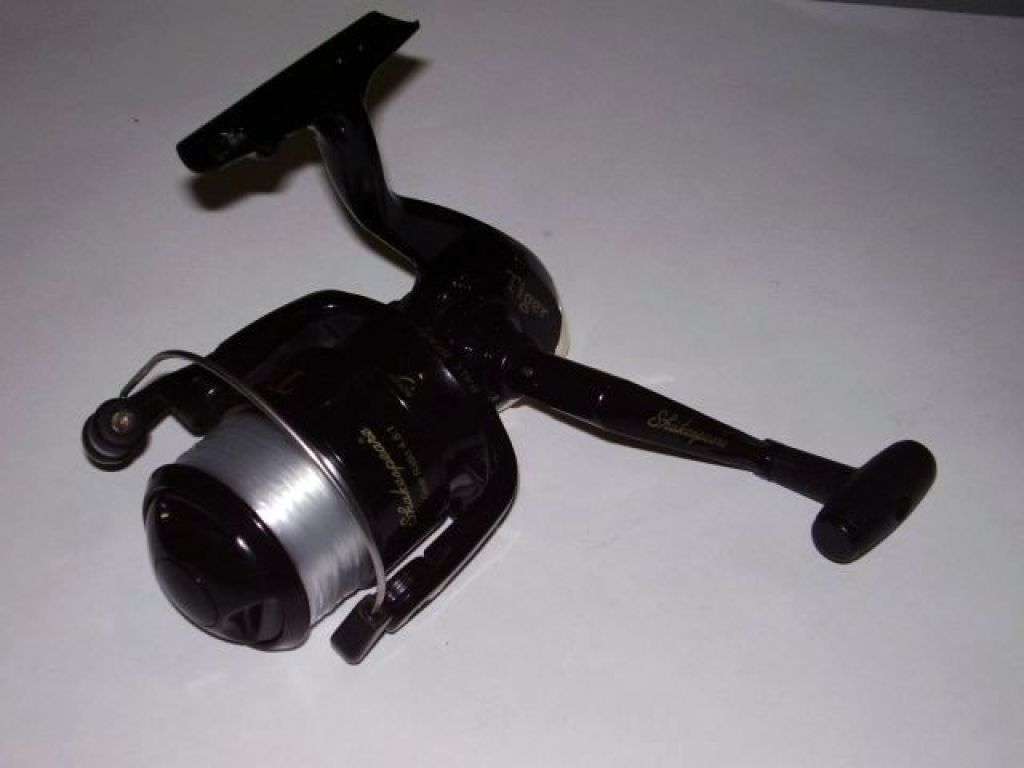 shakespeare tiger tsp50c medium spinnig reel fishing